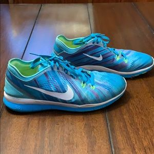 Nike Free cross training shoes